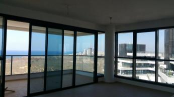 Mini Penthouse Netanya Uzi Hitman Street Real