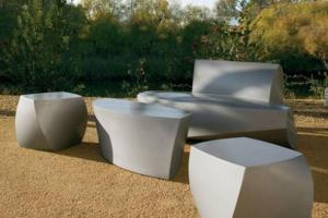 Minimalist Outdoor Furniture Set Iroonie