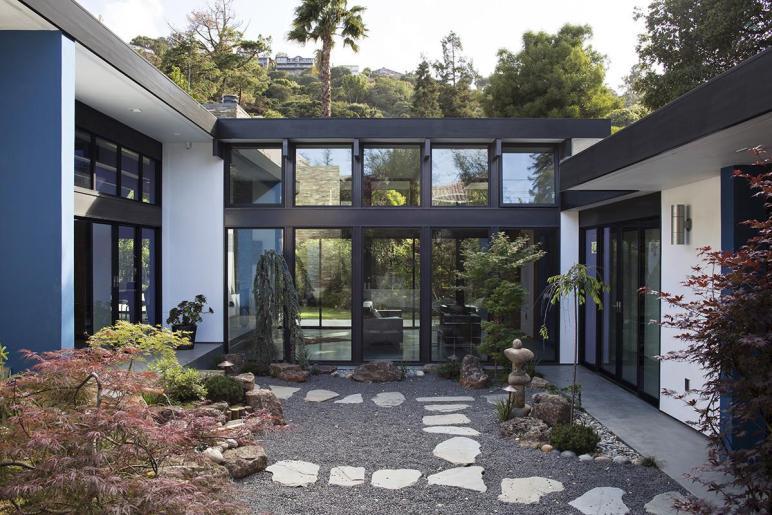 Modern Atrium House Residential Architect Klopf