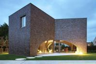 Modern Brick Homes Perfectly Mix New Old