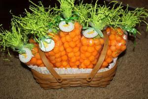 Mom Swim Bike Run Easter Carrot Treat Bags