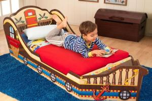 Most Fun Unique Toddler Beds Ever