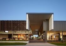 Natural Industrial Design Flamboyant Community Center