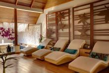 Nice Looking Resort Interior Design Relaxing White