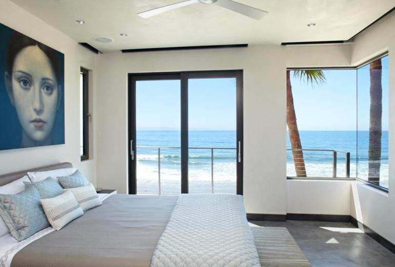 Ocean Bedroom Interior Design Ideas