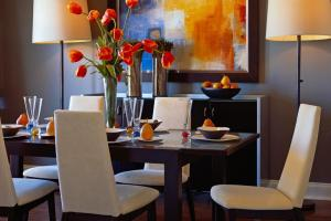 Our Fave Colorful Dining Rooms Living Room