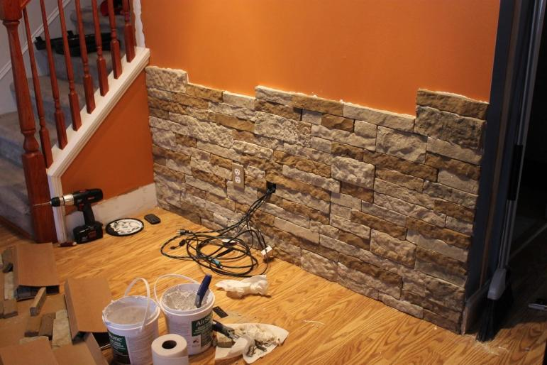 Paint Speckled Pawprints Diy Stone Accent Wall