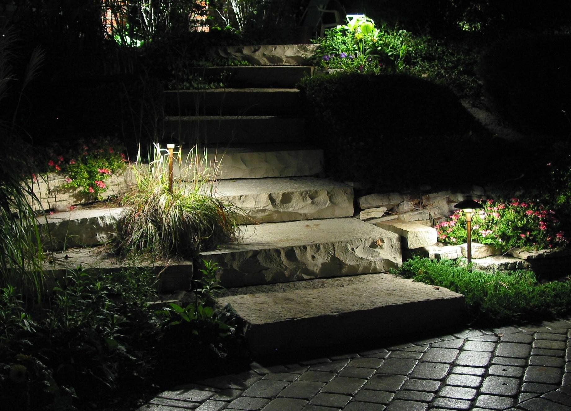 garden pathway lighting ideas