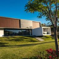 Roof Arquitectos Designed Contemporary Residence