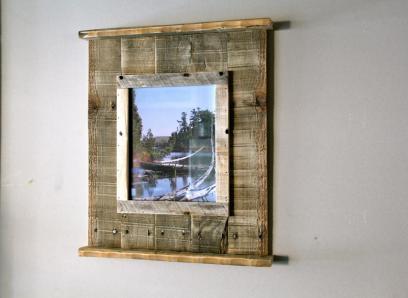 Rustic Reclaimed Pallet Wood Frame