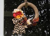 Simple Diy Burlap Wreath Fall Flowers