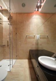 Sleek Sparkling Luxurious House Has Elegance