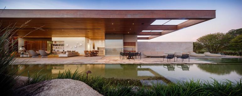 Studio Arthur Casas Designs Contemporary House
