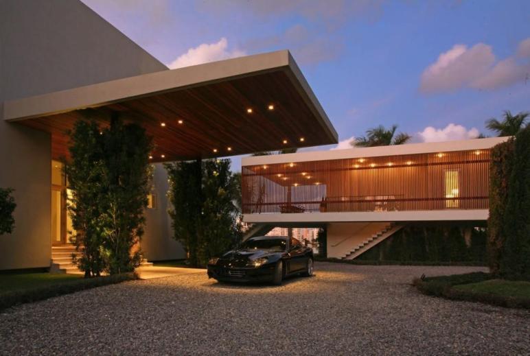 Stunning Contemporary Home Miami Beach Florida