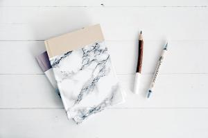 Take Note Stylish Diy Marbled Notebook Brit
