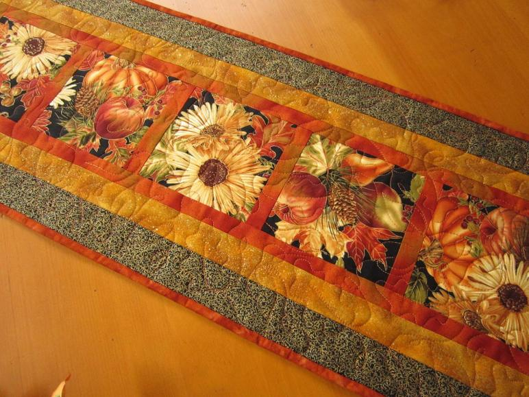 Thanksgiving Table Runner Fall Harvest Patchworkmountain