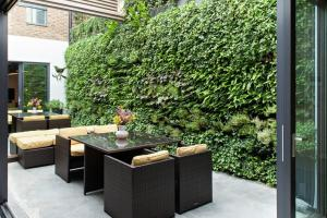 Think Green Vertical Garden Ideas