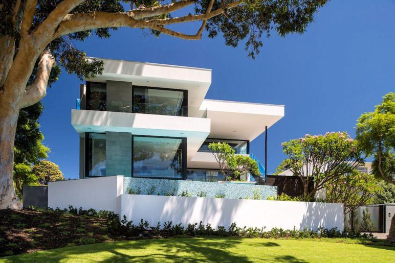 Timeless Luxury Home Gathering Riverside Panoramas