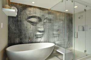 Unique Zen Bathroom Decoration Idea Interesting Wall