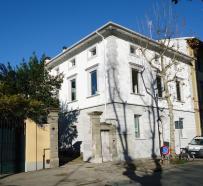 Villa Bifronte Bifacial Apartment Block Cristina