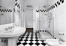 Vintage Grandiose Checkered Bathrooms