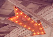 Vintage Marquee Lights Arrow Long