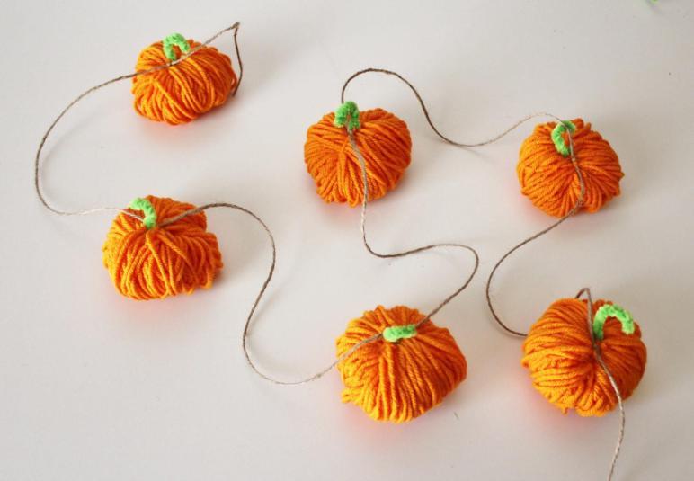Yarn Pumpkin Garland Mantle Decorations Autumn Fall Harvest