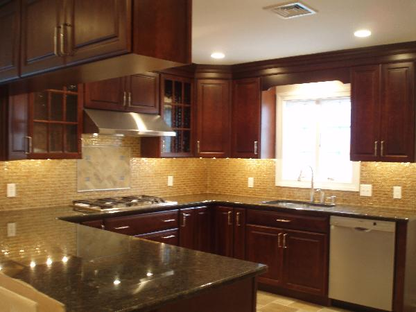 Cherry Cabinets Design Ideas on Backsplash Ideas For Black Granite Countertops And Cherry Cabinets  id=50287