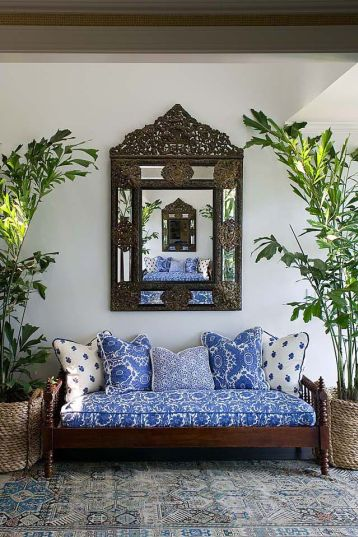 Outdoor Bench Cottage In Entrance Foyer