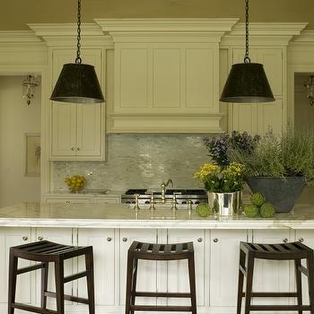 Cream Kitchen Island Design Ideas