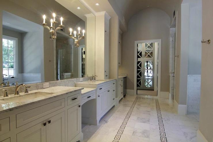 White And Gray Master Bathrooms Design Ideas
