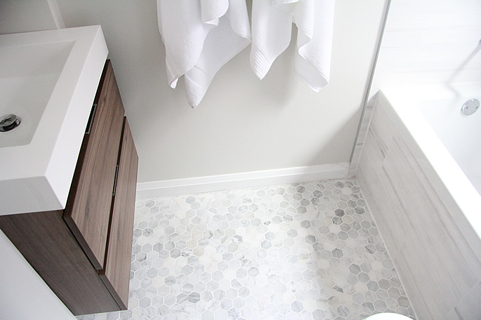 bathroom benjamin moore classic gray