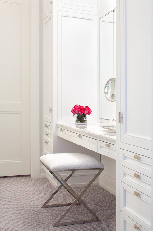 Closet Vanity Design Ideas