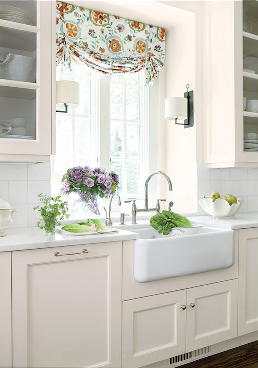 cream kitchen cabinets cottage kitchen benjamin on benjamin moore kitchen cabinet paint id=28320