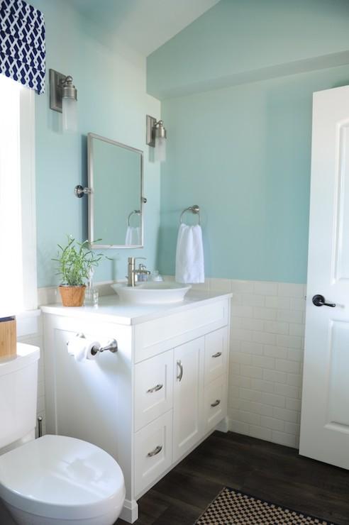 blue bathroom paint colors cottage bathroom benjamin on blue paint bathroom ideas exterior id=96239