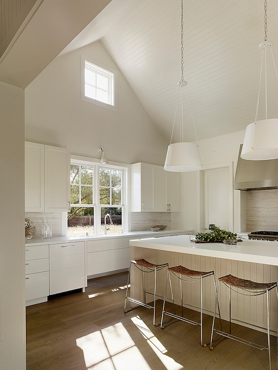 Kitchen With Cathedral Ceiling Design Ideas