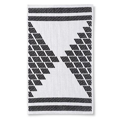 berkus black and white textured bath rug