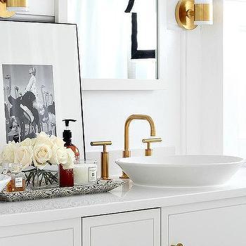 purist bathroom faucet design ideas