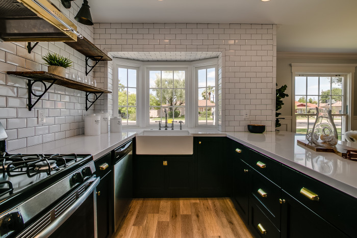 Kitchen Bay Window With Farmhouse Sink Contemporary