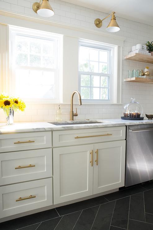 champagne bronze kitchen faucet design