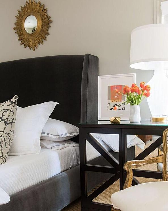 Mirror Over Bed Design Ideas on Mirrors Next To Bed  id=86425