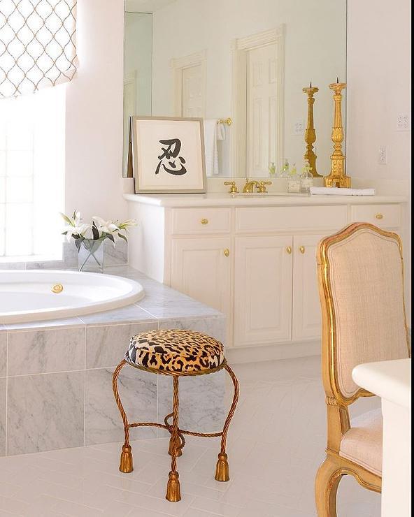 Yellow And Gray Bathroom Decor