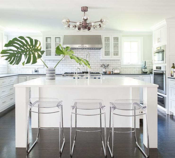 White And Clear Modern Kitchen Cabinets Design Ideas