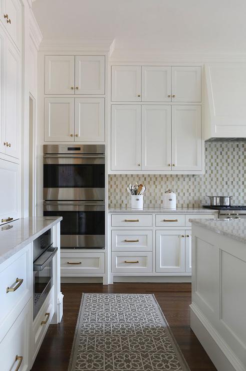 gold mosaic kitchen backsplash tiles