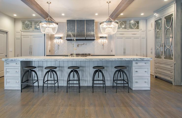 Gray Center Island With Vapor Counter Stools