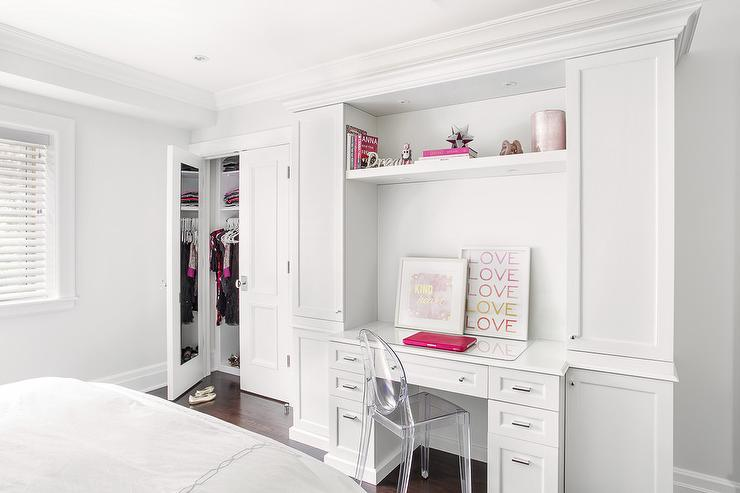 Teen Girl Desk with Pink Deck Decor - Contemporary - Girl ... on Mirrors For Teenage Bedroom  id=70681