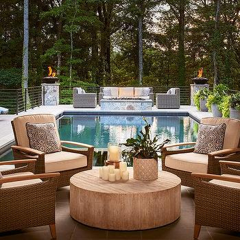 round outdoor furniture placement