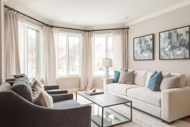 Living Room With Cream Sofa Teachfamiliesorg