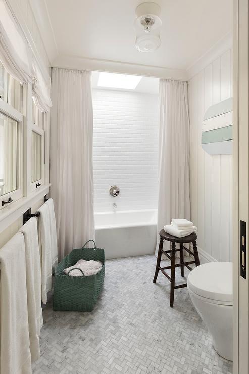 bathtub crown molding hides shower