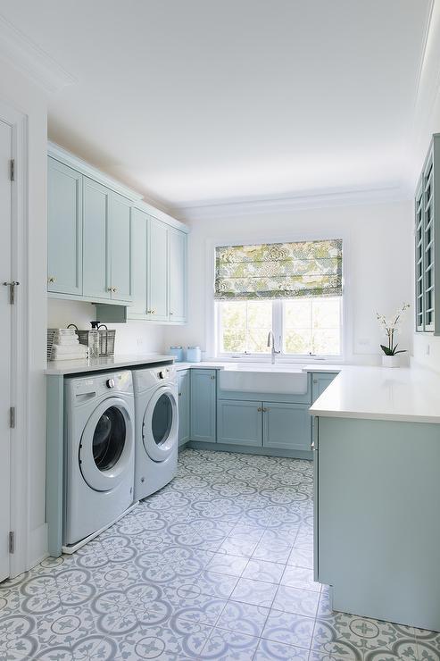 U Shaped Laundry Room Transitional Laundry Room